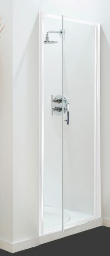01.Petite Style Plus 1600mm x 700mm Silver Finish Pivot Shower Door
